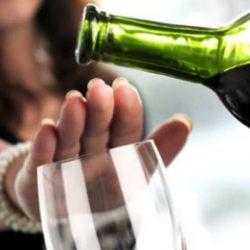 Государство в 2018 году ужесточит борьбу с суррогатным алкоголем